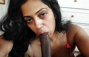 სექსი ჩაცმულ ქალსა და ტიტველი შიშველი შიშველ მამაკაცთა შორის,