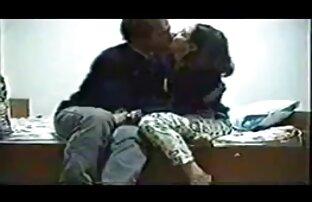 ორი ახალგაზრდა მამაკაცი დაოჯახებული ბანჯგვლიანი პირი, ორმაგი.